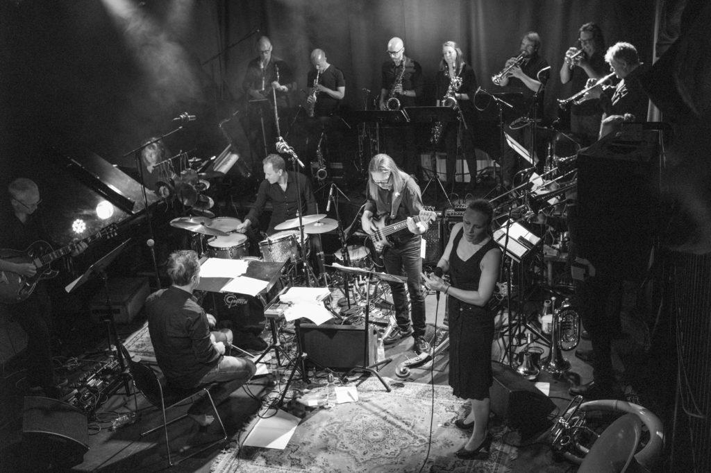 Ensemble Denada, Torun Eriksen og Erlend Skomsvoll. Foto: Kongsberg jazzfestival